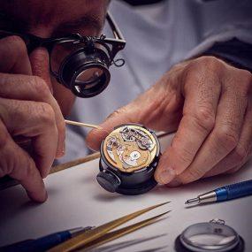 sửa chữa đồng hồ tại trường chinh