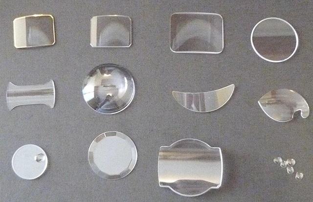 Giá thay mặt kính đồng hồ Rolex